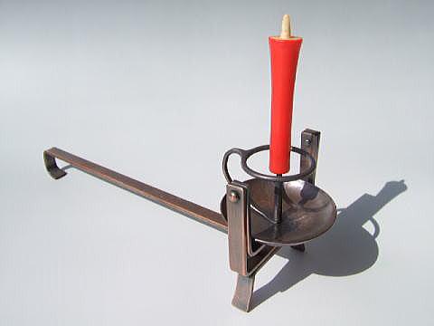 銅製:自在手燭丸 ・ろうそく倒れ止め付き